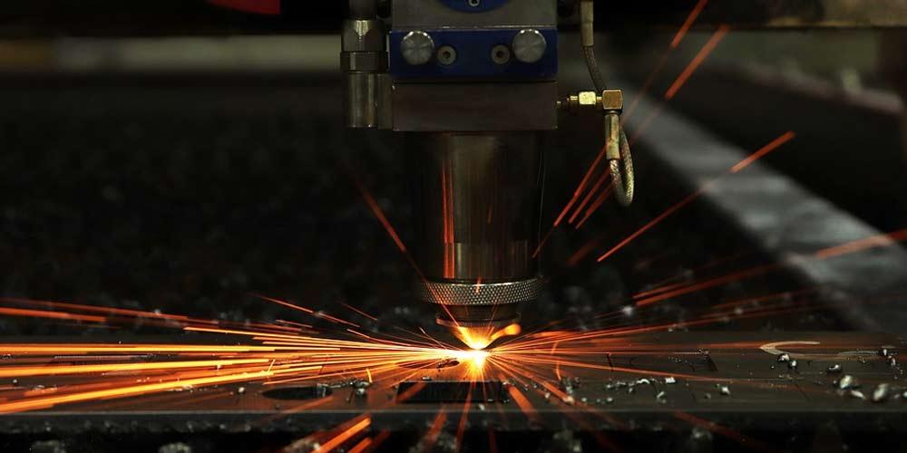I molteplici vantaggi della marcatura ed incisione laser